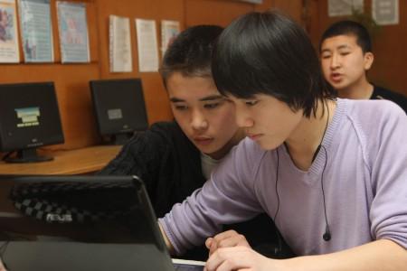 Тренинги по основам журналистики, дизайну и верстке газет для старшеклассников города Шопоков