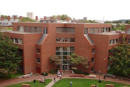 Принимаются заявки на стипендию центра Джоан Шоренштейн в Гарварде